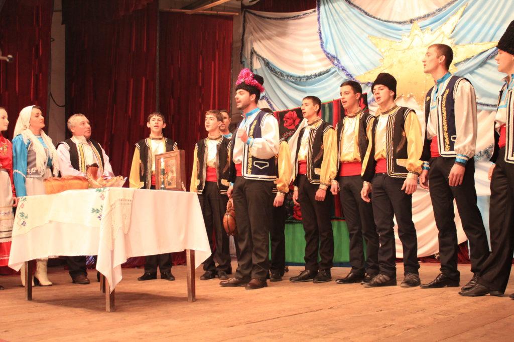 Фестиваль-обрялов-в-Рени